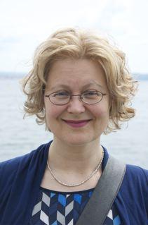 Dr. Darja Šterbenc Erker
